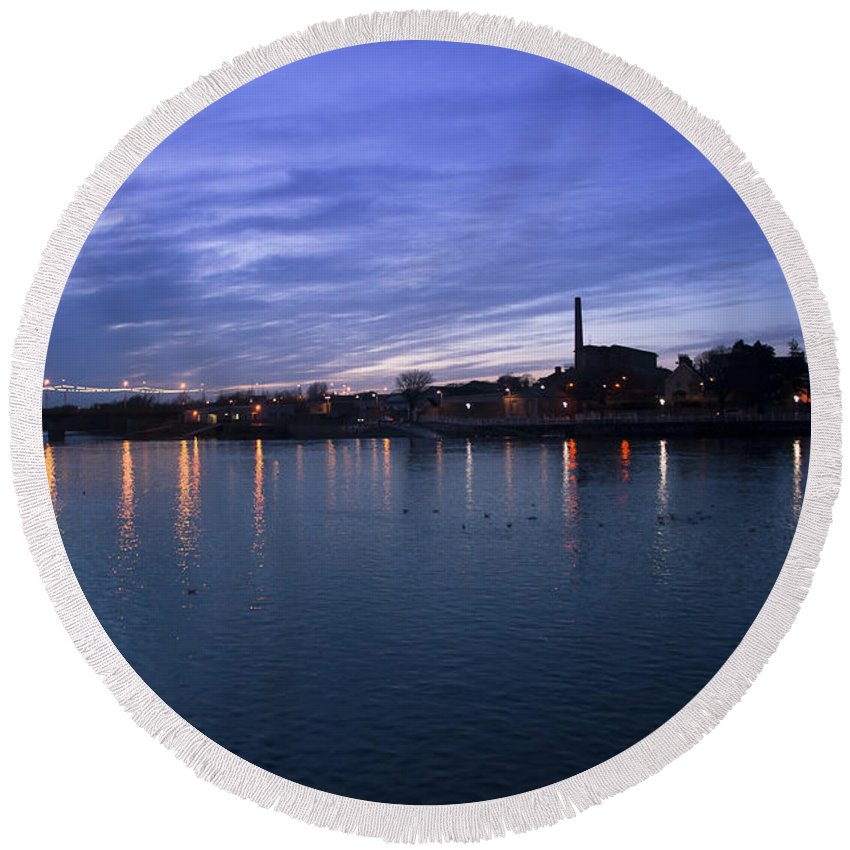 Eire Round Beach Towel featuring the photograph Shannon River Estuary At Limerick by Andrew Michael