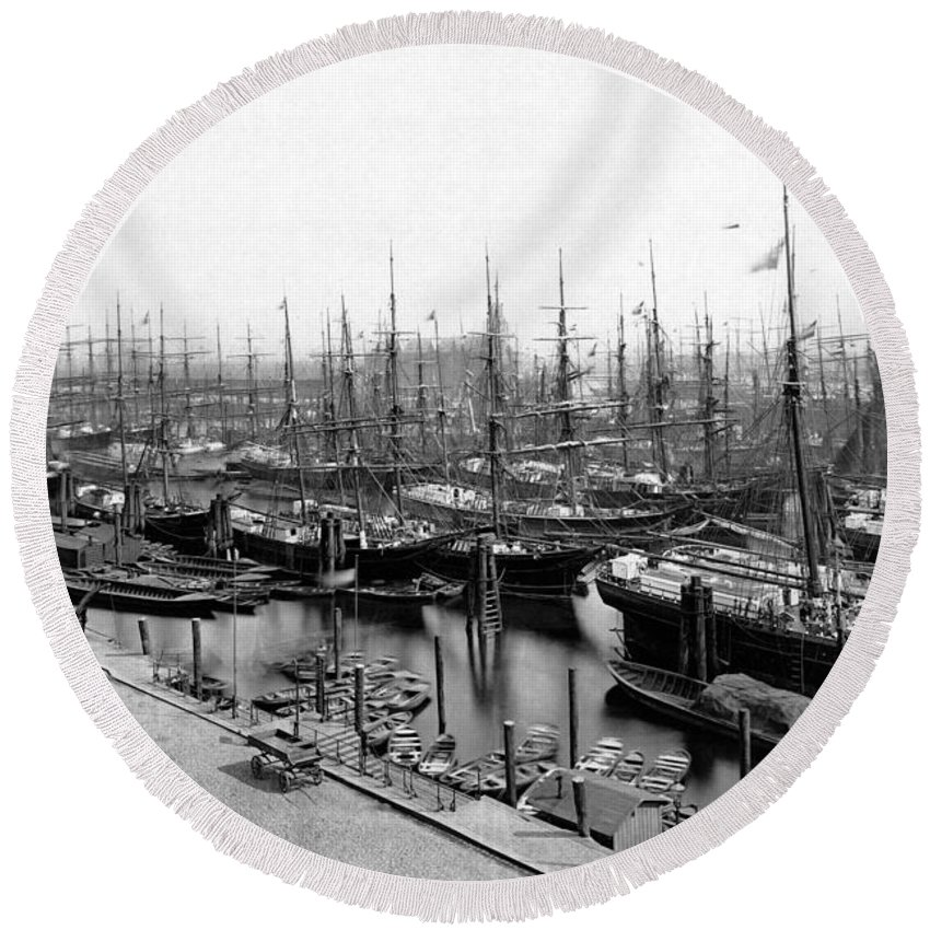 Harbour Vintage Sw Bw Ships Hamburg Germany 1900 Century Old Sailor Boat Winter Ice Snow City Cityscape Sailing Round Beach Towel featuring the photograph Ships In Harbour 1900 by Steve K