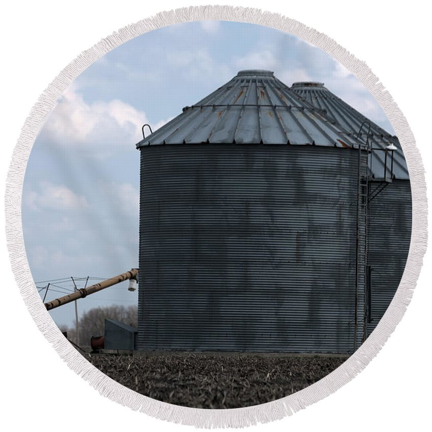Art Round Beach Towel featuring the photograph Silos And Augers by Alan Look