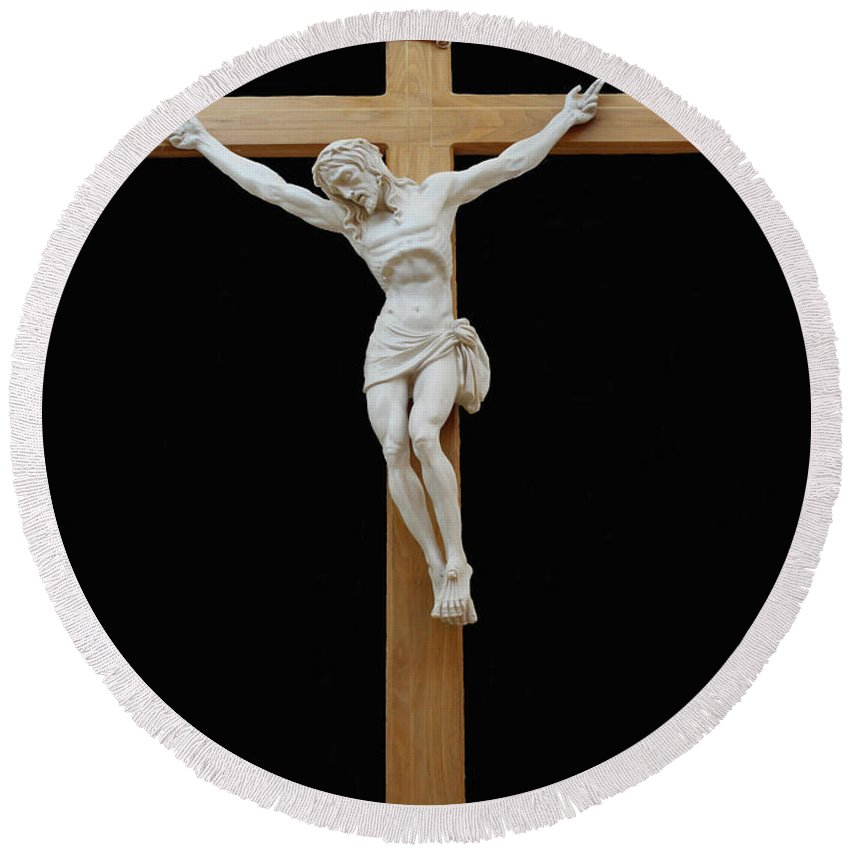 Jesus Round Beach Towel featuring the photograph Sjncc Crucifix 1 Two K Eleven by Carl Deaville