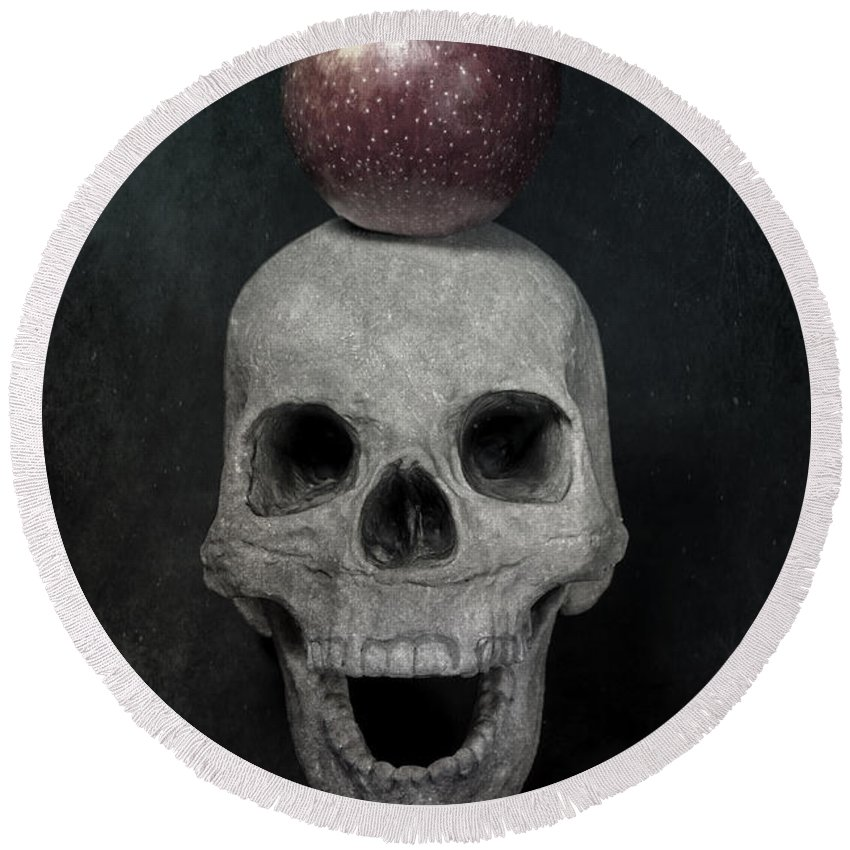 Skull Round Beach Towel featuring the photograph Skull And Apple by Joana Kruse