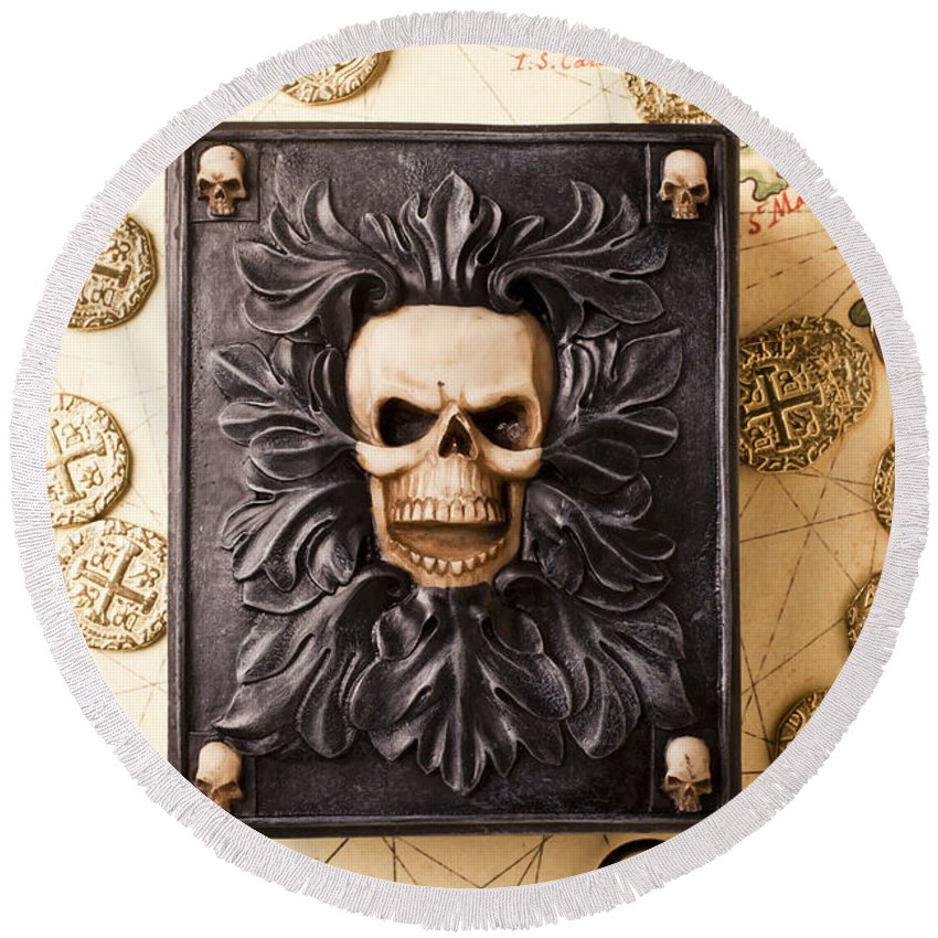 Skull Box Round Beach Towel featuring the photograph Skull Box With Skeleton Key by Garry Gay