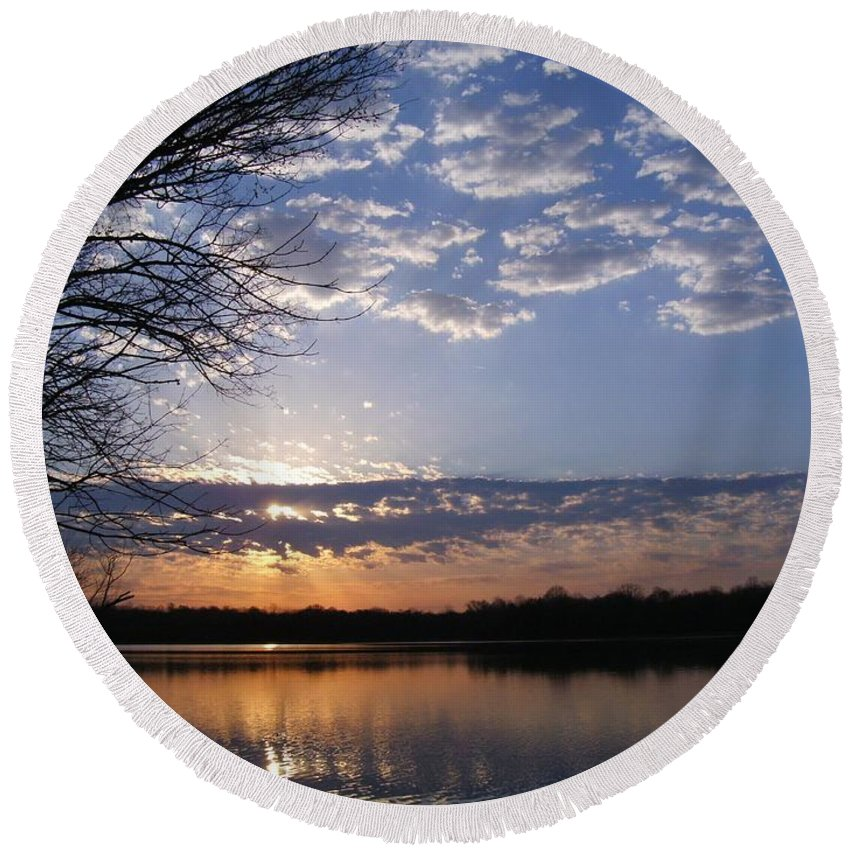 Sunrise Round Beach Towel featuring the photograph Sky At Dusk by Charleen Treasures