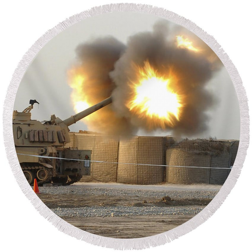 Camp Taji Round Beach Towel featuring the photograph Soldiers Fire The Howitzers by Stocktrek Images