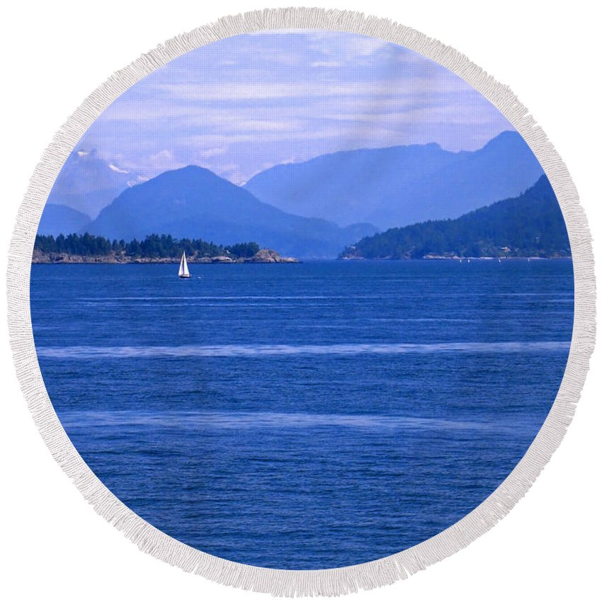 Sailboat Round Beach Towel featuring the photograph Solitary Sailing by Ann Horn