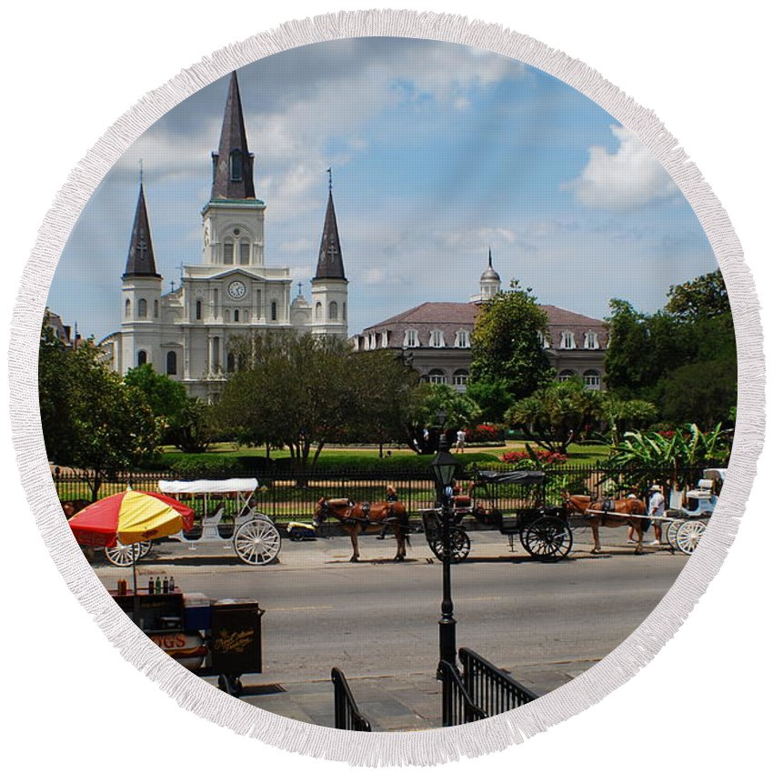 St. Louis Cathedral Round Beach Towel featuring the photograph St. Louis Cathedral by Beth Gates-Sully