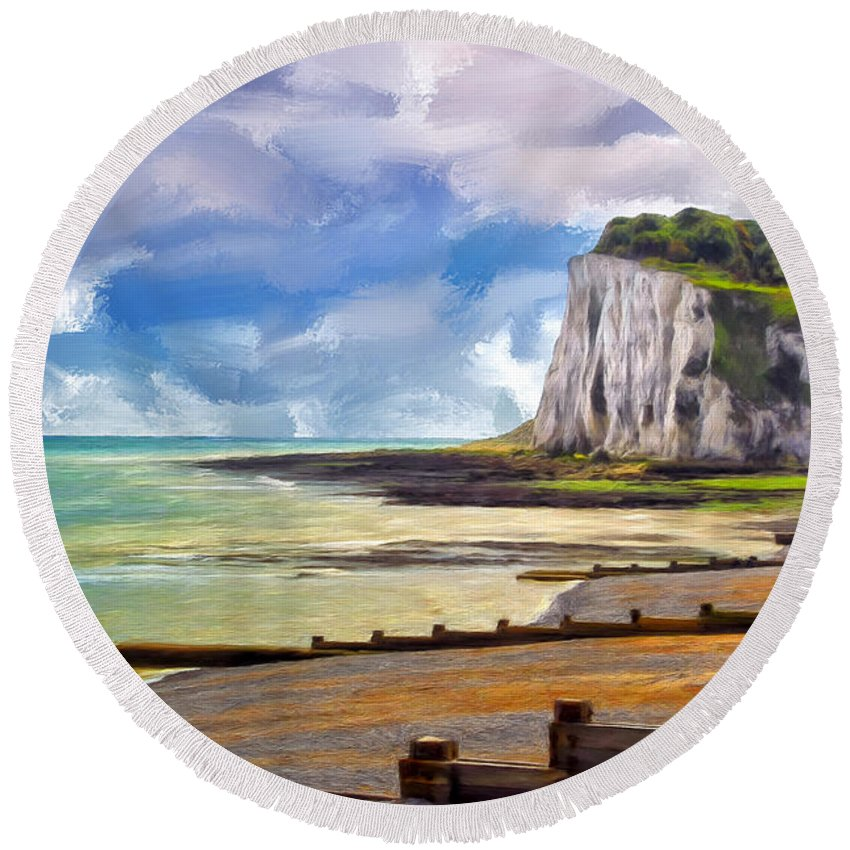 St. Margaret Round Beach Towel featuring the painting St. Margaret's Bay At Dover by Dominic Piperata