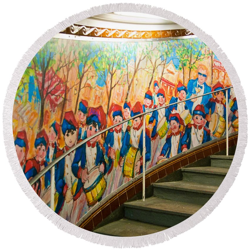 France Round Beach Towel featuring the photograph Stairway Mural At Montmartre Metro Exit by Jon Berghoff