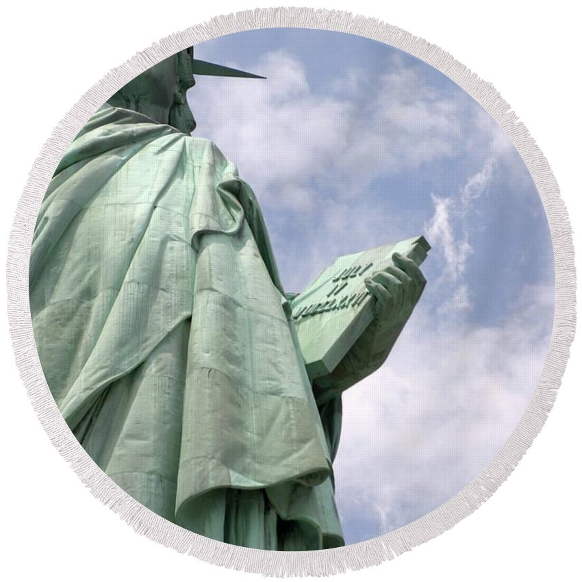 Statue Of Liberty Round Beach Towel featuring the photograph Stand Tall by Living Color Photography Lorraine Lynch