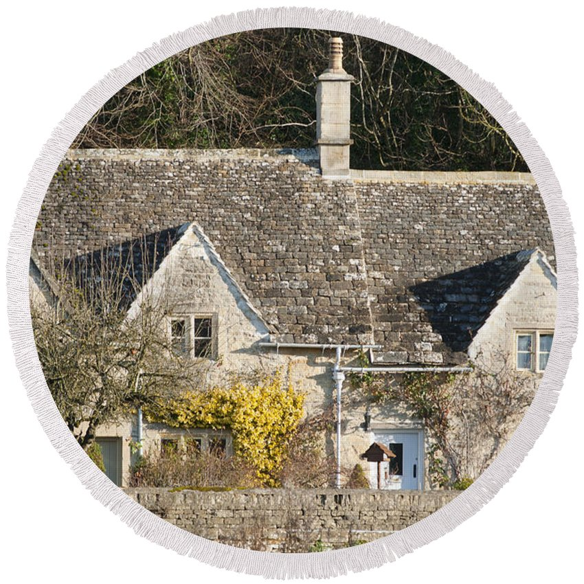 Bibery Round Beach Towel featuring the photograph Stone Cottages by Andrew Michael