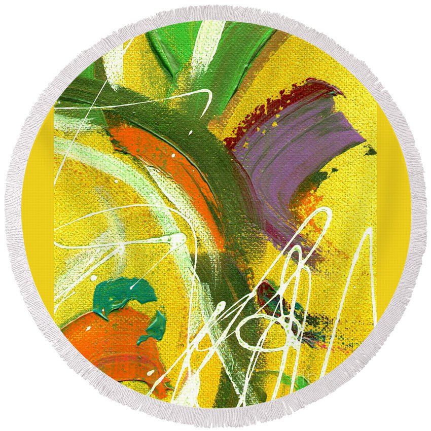 Green Round Beach Towel featuring the painting Summer Bliss I by Angela L Walker