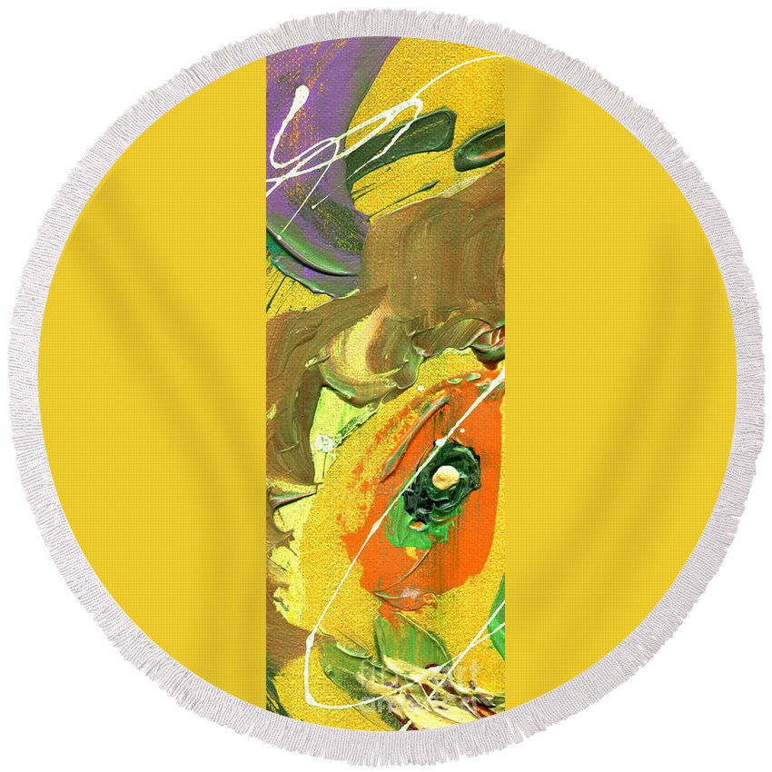 Green Round Beach Towel featuring the painting Summer Bliss II by Angela L Walker