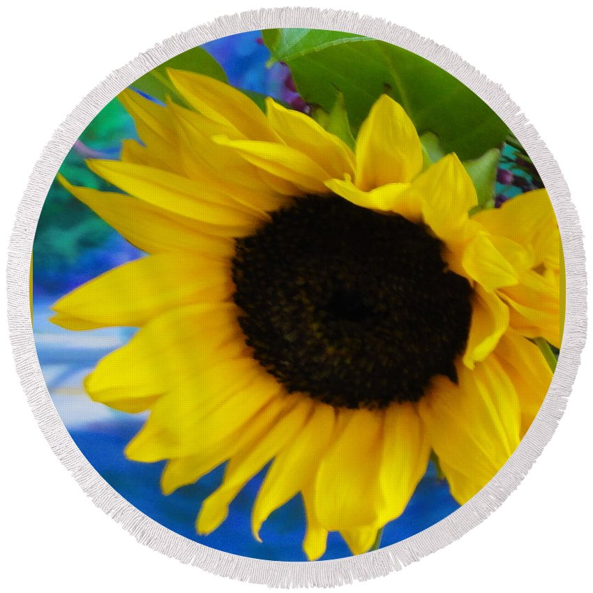 Sunflower Round Beach Towel featuring the photograph Sunflower Too by Shannon Grissom