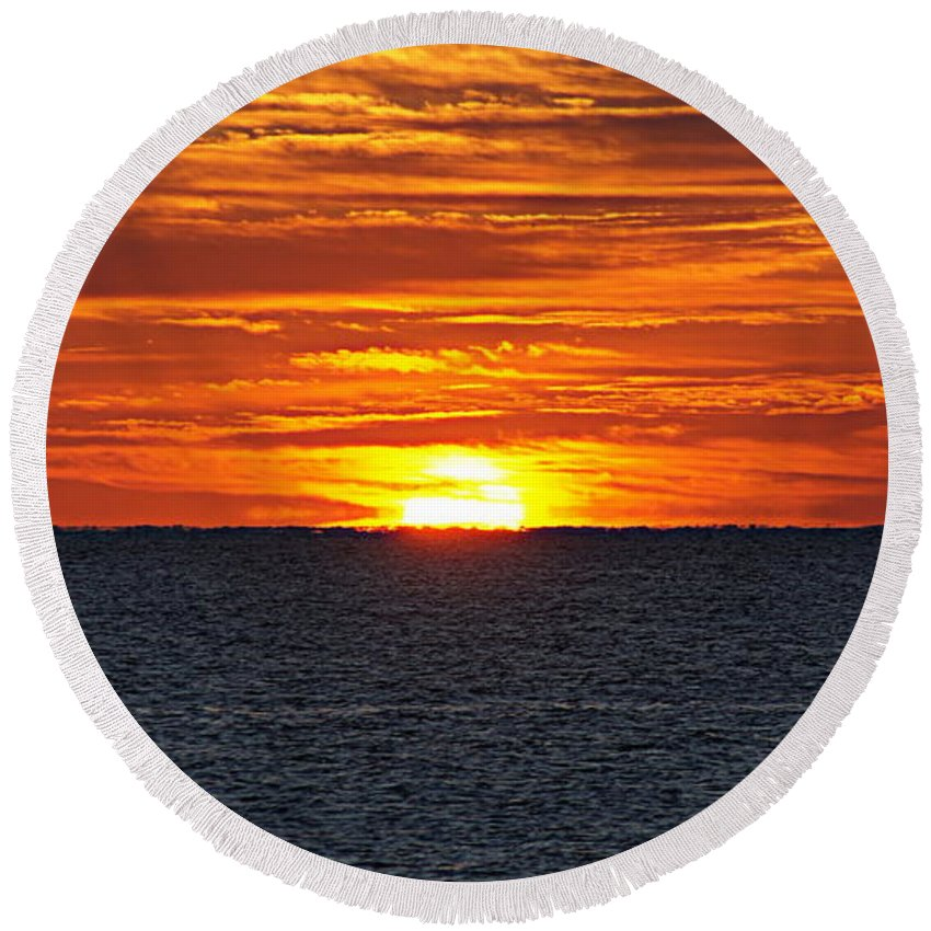 Sunrise Round Beach Towel featuring the photograph Sunrise by Paul Wilford