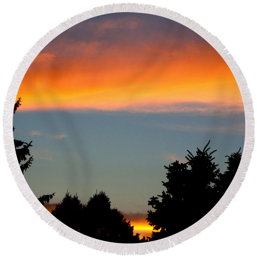 Photography Round Beach Towel featuring the photograph Sunset Charlestown In July by Steven Natanson