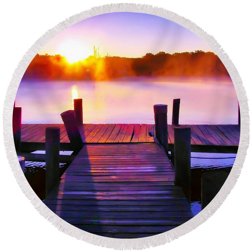 2d Round Beach Towel featuring the photograph Sunup Over Rock Creek by Brian Wallace