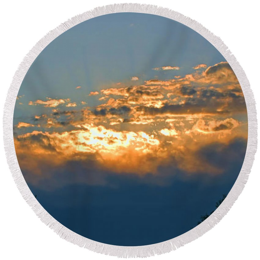 Sun Round Beach Towel featuring the photograph Supreem Sunset I by Debbie Portwood