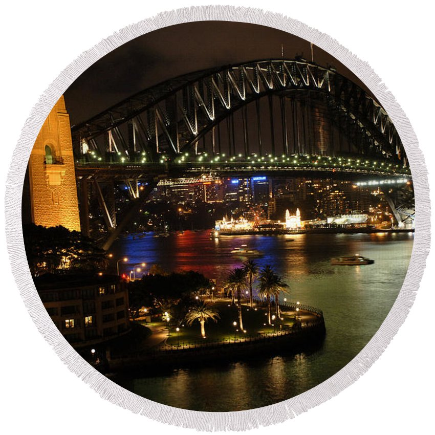 Sydney Round Beach Towel featuring the photograph Sydney Harbour Bridge by Bob Christopher