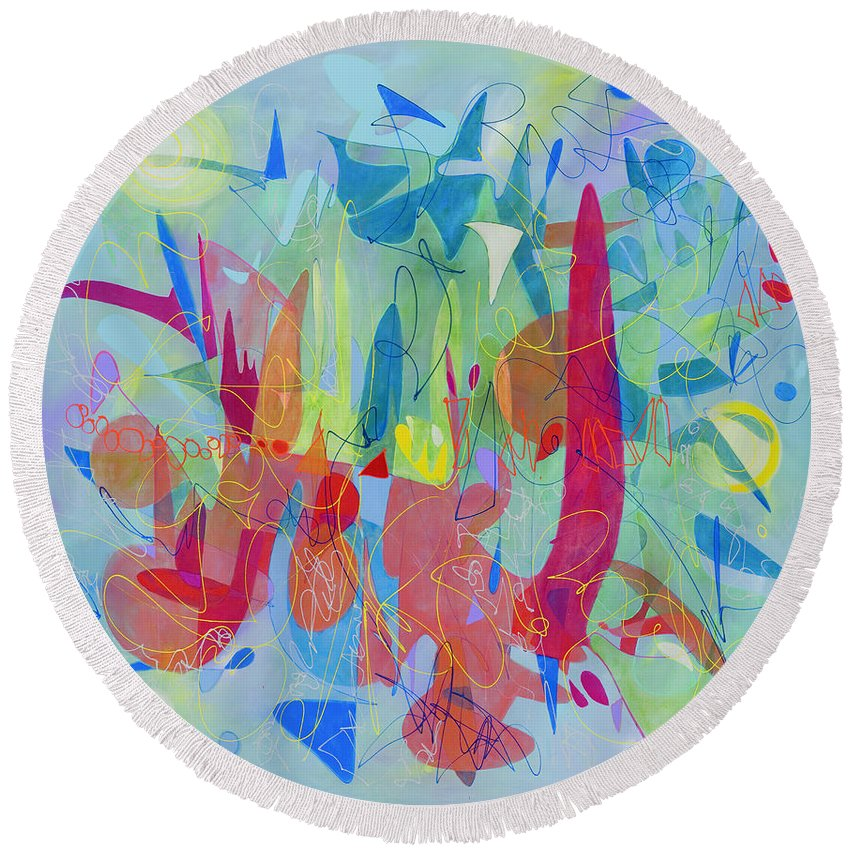 Abstract Round Beach Towel featuring the painting Talk To Me Now by Lynne Taetzsch