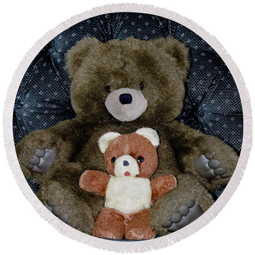 Teddy Round Beach Towel featuring the photograph Teddy Elder Care Bear by LeeAnn McLaneGoetz McLaneGoetzStudioLLCcom