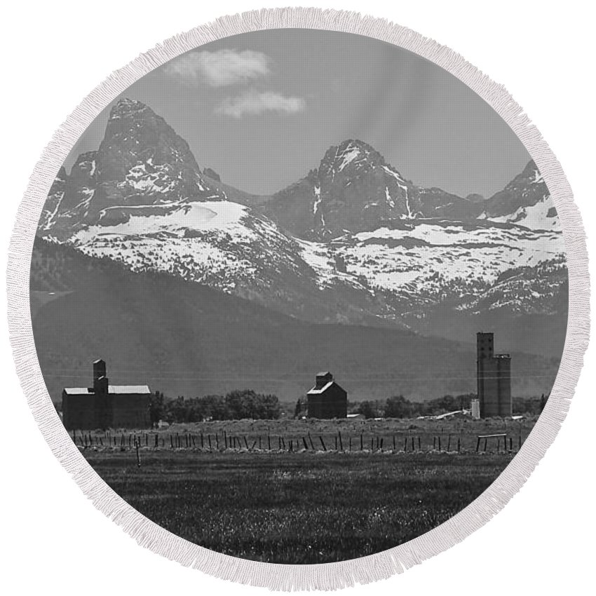Mountains Round Beach Towel featuring the photograph Tetonia Grain Elevators by Eric Tressler