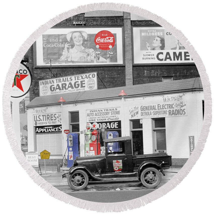 Gas Station Round Beach Towel featuring the photograph Texaco Station by Andrew Fare
