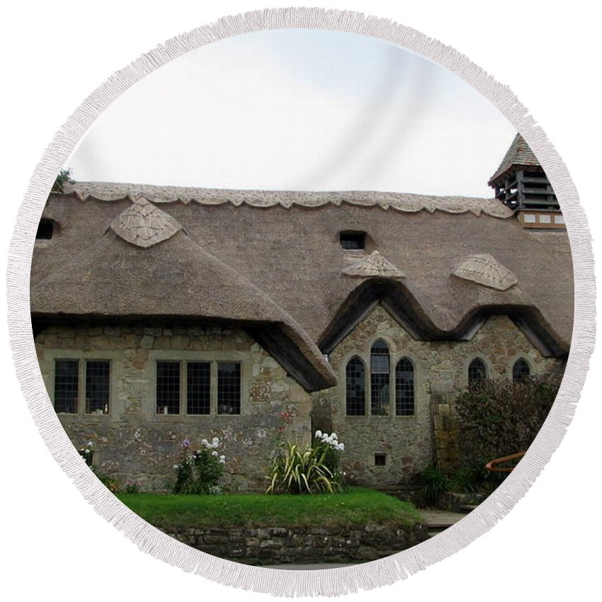 England Round Beach Towel featuring the photograph Thatched Church by Carla Parris