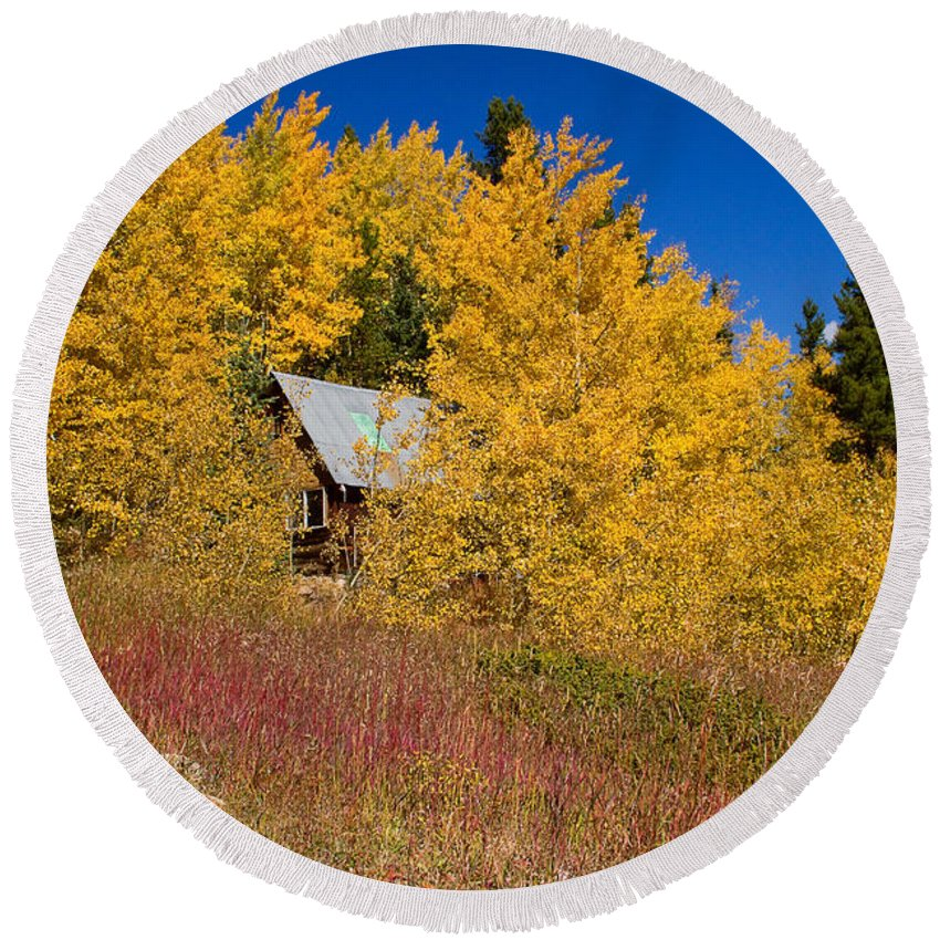 Autumn Round Beach Towel featuring the photograph The Cabin by James BO Insogna