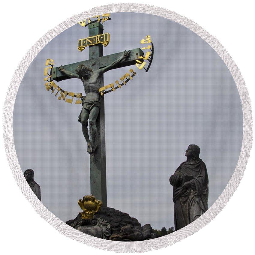 Prague Round Beach Towel featuring the photograph The Crucifix And Calvary - Prague by Jon Berghoff