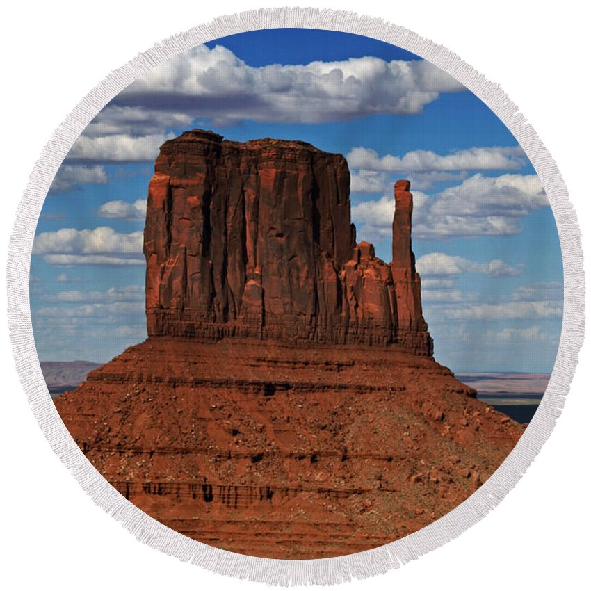 Monument Round Beach Towel featuring the photograph The East Mitten Butte by David Pringle