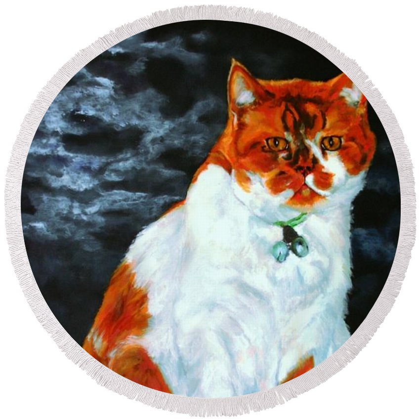 Cat Round Beach Towel featuring the painting The Emperor by Jolante Hesse