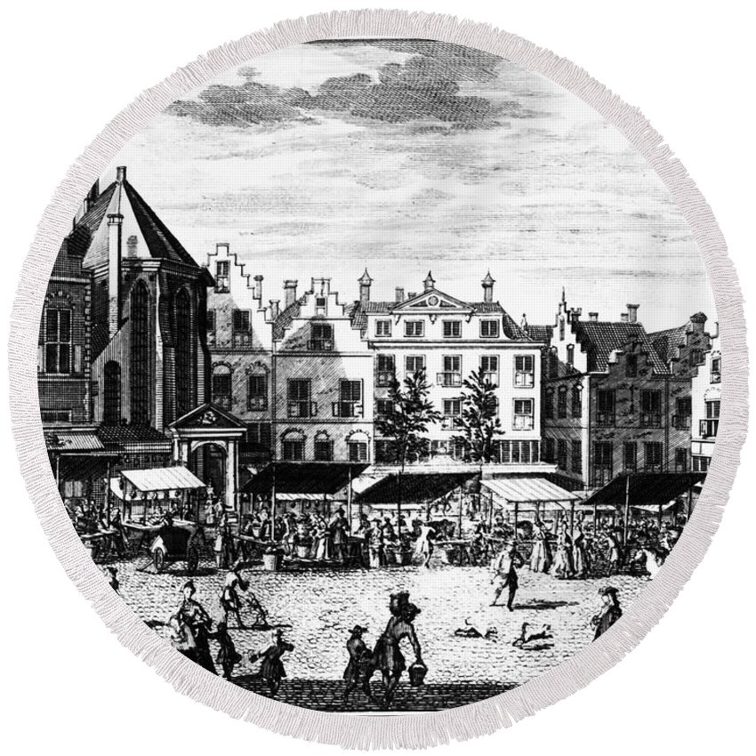 1727 Round Beach Towel featuring the photograph The Hague: Market, 1727 by Granger