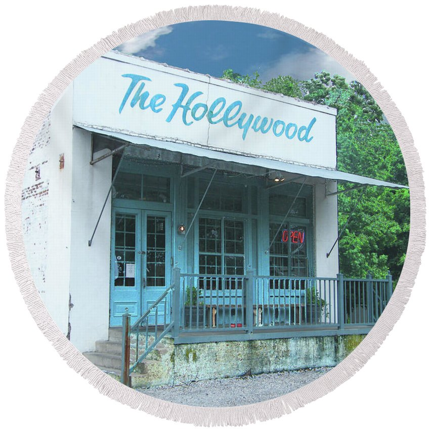 Restaurant Round Beach Towel featuring the digital art The Hollywood At Tunica Ms by Lizi Beard-Ward