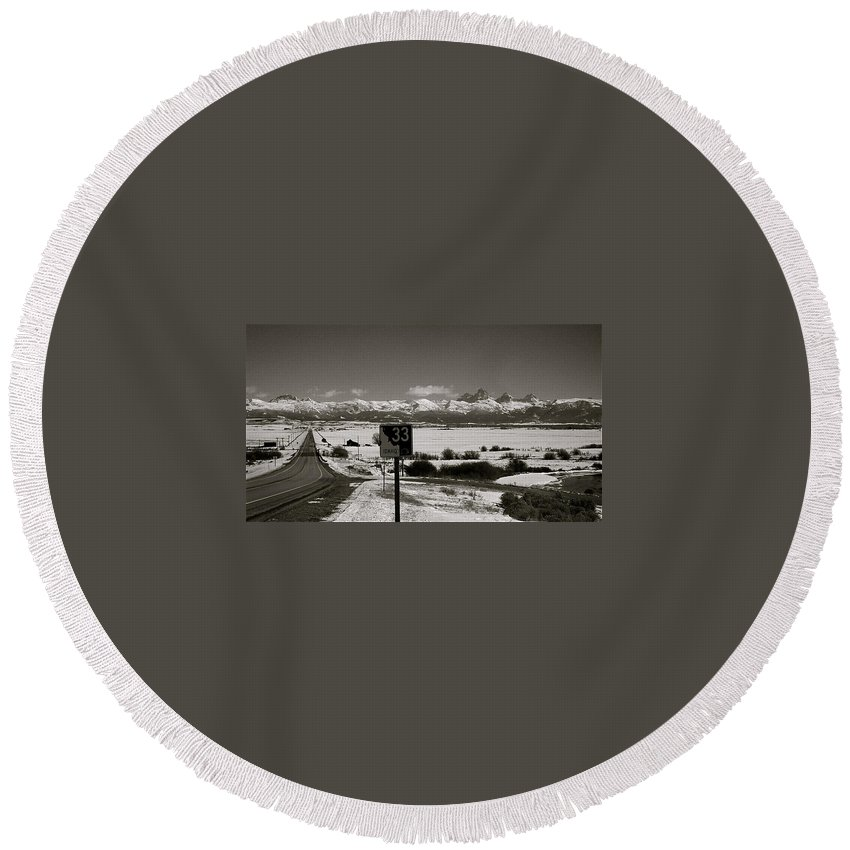 Highway Round Beach Towel featuring the photograph The Road Home by Eric Tressler