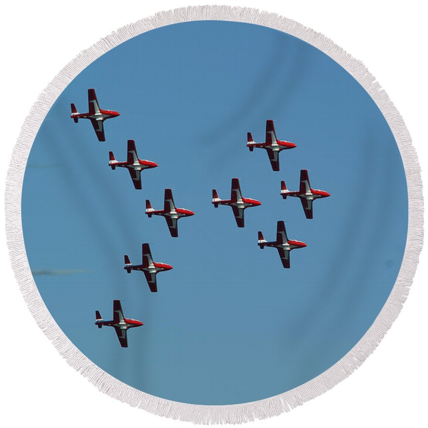 Planes Round Beach Towel featuring the photograph The Snowbirds by Randy Harris