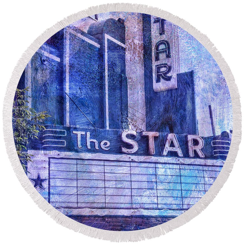The Star Round Beach Towel featuring the photograph The Star by Dominic Piperata