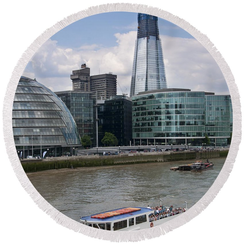 Britain Round Beach Towel featuring the photograph The Thames London by Andrew Michael