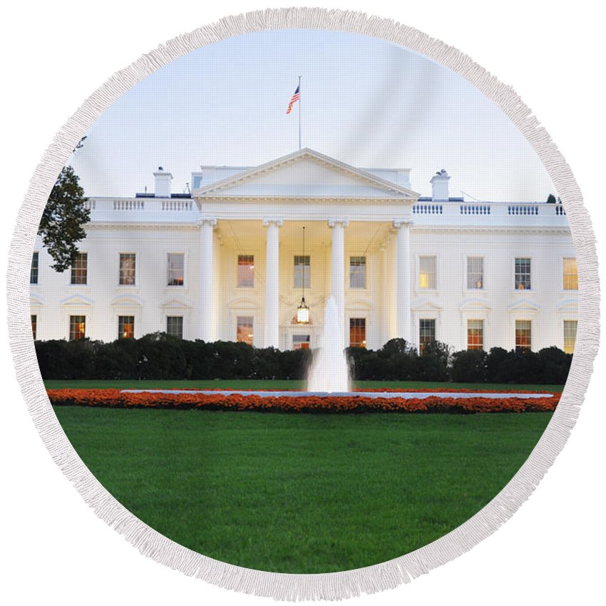 The White House Round Beach Towel featuring the photograph The White House by Brittany Horton