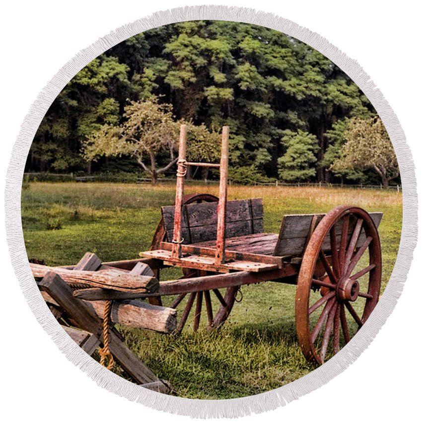 Cart Round Beach Towel featuring the photograph The Wooden Cart by Paul Ward