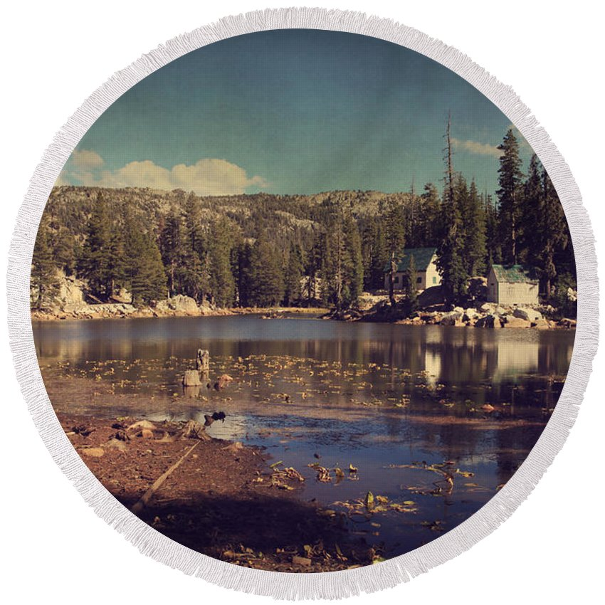 Mosquito Lake Round Beach Towel featuring the photograph Time Always Reveals by Laurie Search