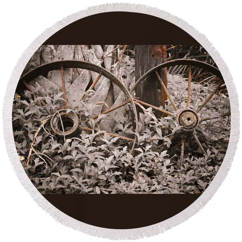 Wheel Round Beach Towel featuring the photograph Time Forgotten by Carolyn Marshall