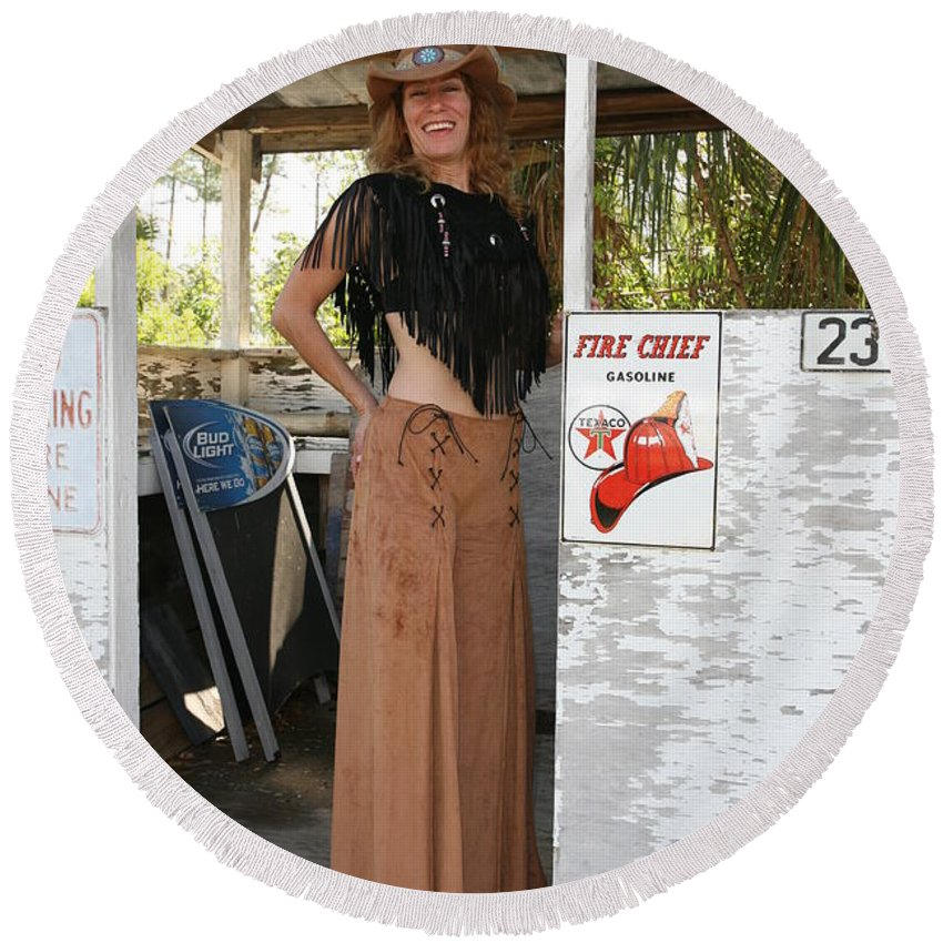 Everglades City Fl.professional Photographer Lucky Cole Round Beach Towel featuring the photograph Tina Loy 645 by Lucky Cole