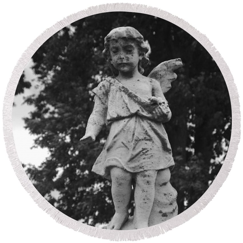 Angel Round Beach Towel featuring the photograph Tombstone Angel Bw by J M Lister