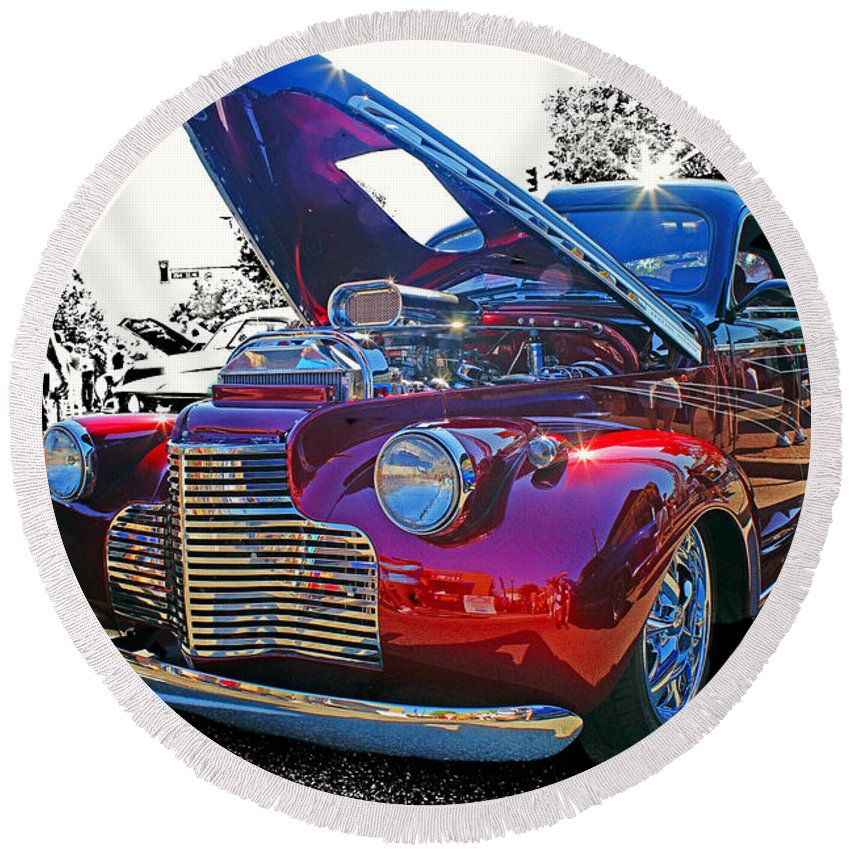 Old Cars Round Beach Towel featuring the photograph Too Shiny by Randy Harris