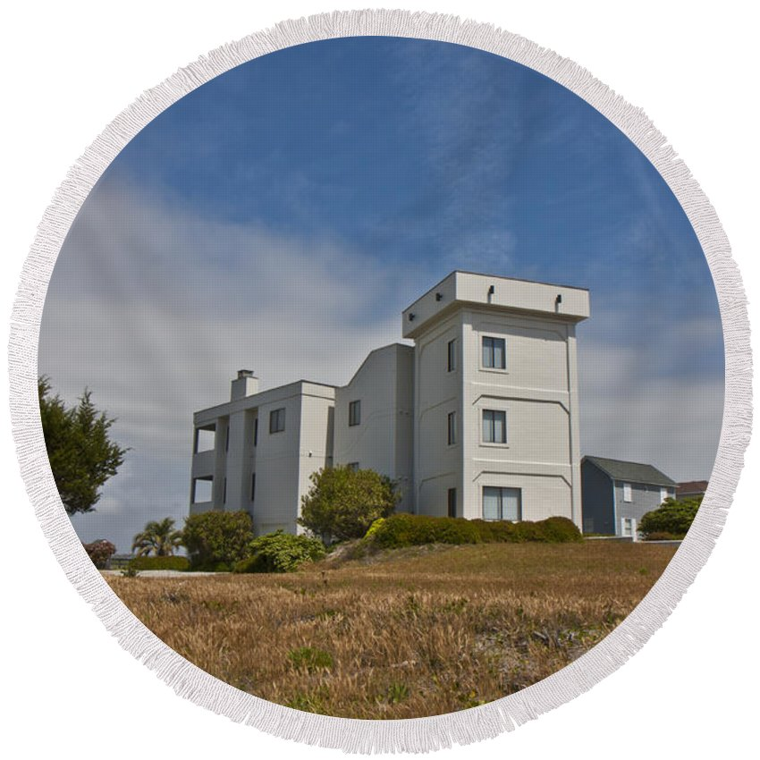 Topsail Round Beach Towel featuring the photograph Topsail Island Observation Tower 1 by Betsy Knapp