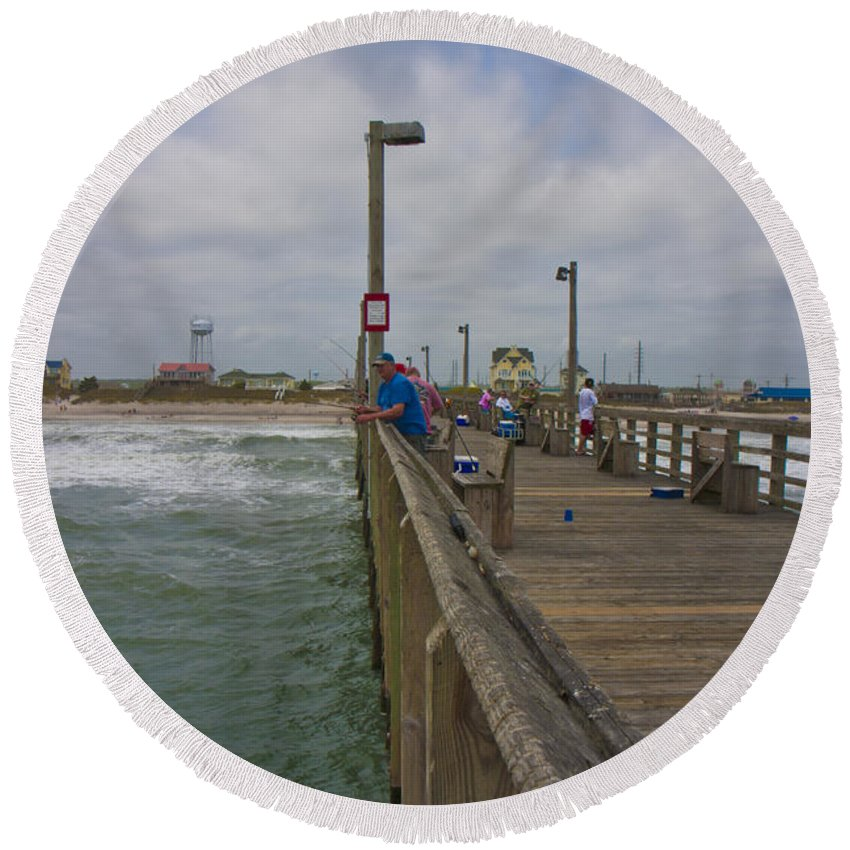 Topsail Round Beach Towel featuring the photograph Topsail Island Sc Pier by Betsy Knapp