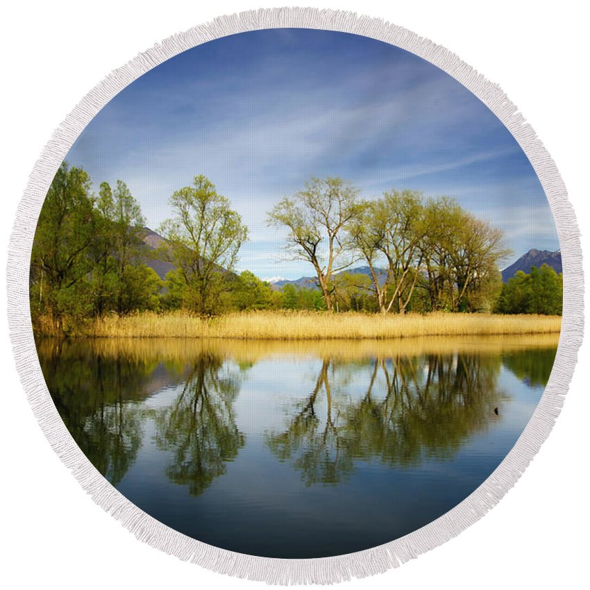 Tree Round Beach Towel featuring the photograph Trees Reflections On The Lake by Mats Silvan