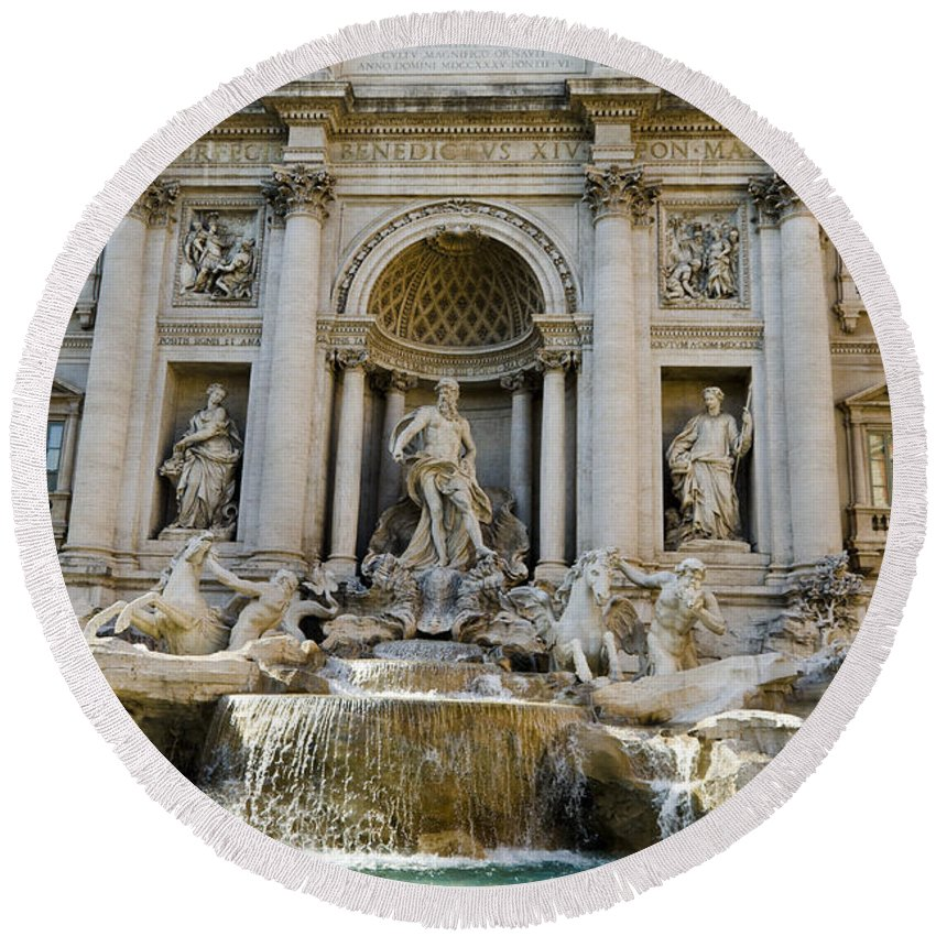 Trevi Fountain Round Beach Towel featuring the photograph Trevi Fountain by Jon Berghoff