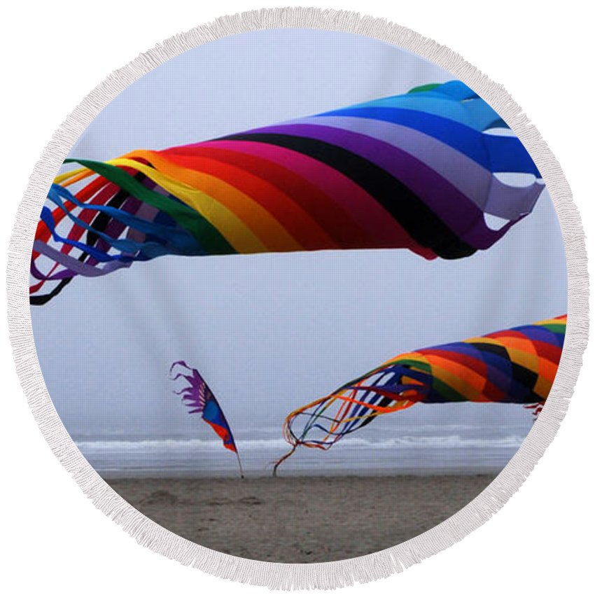 Kites Round Beach Towel featuring the photograph Go Fly A Kite 9 by Bob Christopher
