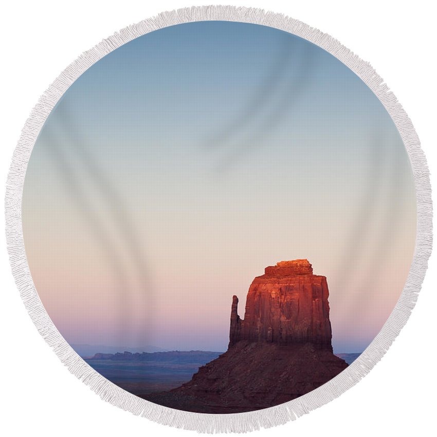 Monument Valley Round Beach Towel featuring the photograph Twilight In The Valley by Dave Bowman